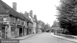 Huntingdon, High Street c.1955