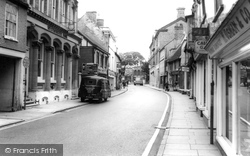 Huntingdon, High Street c.1965