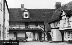 Huntingdon, The George Hotel, An Old Coaching Inn c.1955