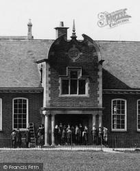 Huntingdon, The Grammar School Entrance 1906