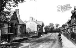 Huntingdon, The Montague Club, Hartford Road 1906