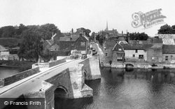 Huntingdon, The Old Bridge 1929