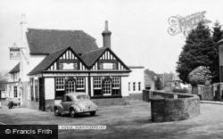 Hurstpierpoint, The White Horse c.1955