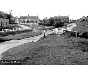 Hutton-Le-Hole, the Ford c1955