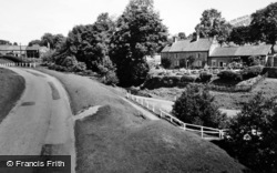 Hutton-Le-Hole, Turn Pool And Keld Close c.1960