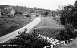 Hutton-Le-Hole, Turnpool Bridge c.1955