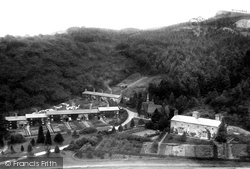 The Village 1891, Hutton