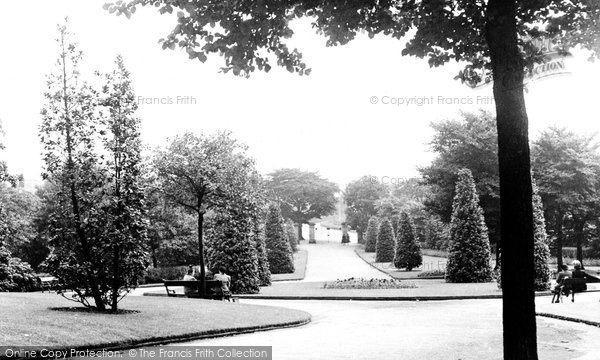 Hyde, the Park c1955