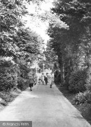 Hythe, Ladies Walk c.1955