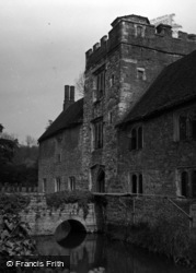 Ightham, Ightham Mote 1954