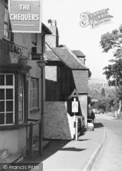 Ightham, The Chequers c.1955