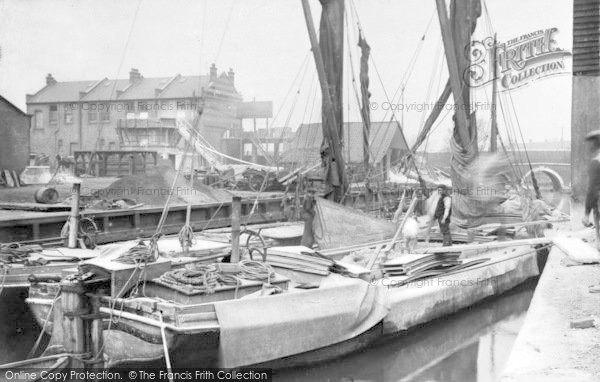 Photo of Ilford, Barges At The Wharves 1905