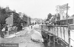 Ilford, Bridge And Hill 1900