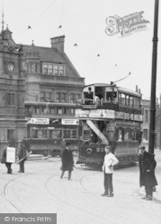 Ilford, Broadway, Trams c.1907