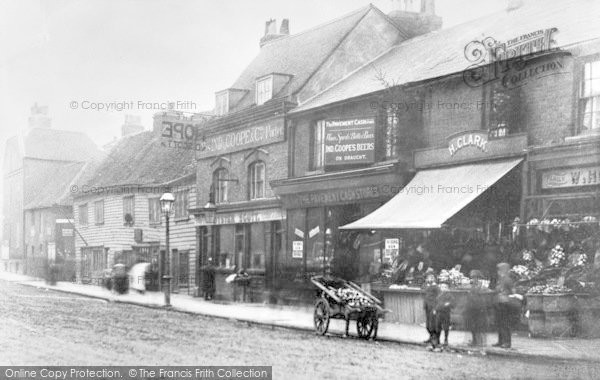 Photo of Ilford, Ilford Lane, Near The Broadway 1890