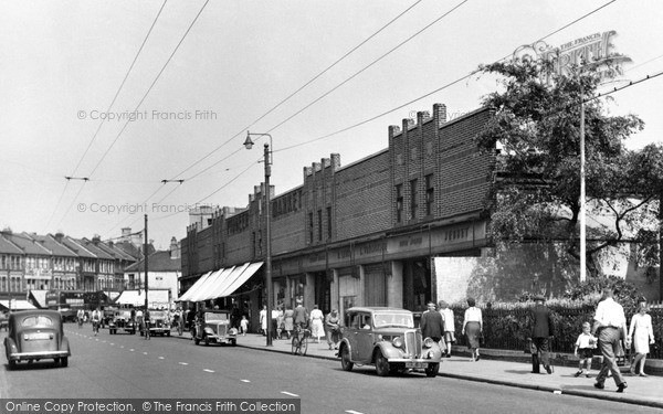Photo of Ilford, Ilford Lane, The Market 1948