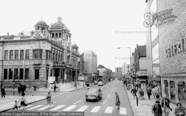 Photo of Ilford, the Town Hall c1965