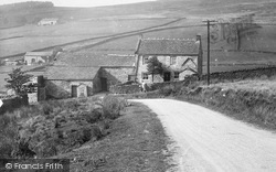 Ilkley, Farm Below Beamsley Beacon 1921