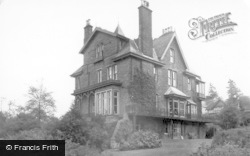 Ilkley, Hollybrook Guest House c.1955