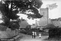 The Village 1906, Ilsington