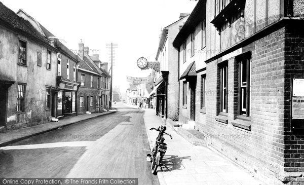 Photo of Ingatestone, High Street 1925, ref. 78741