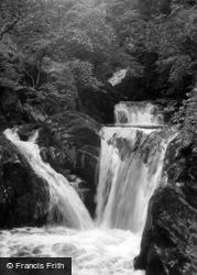 Ingleton, Pecca Twin Falls c.1955