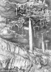 Ingleton, The Giant Stalagmite, White Scar Cave c.1955