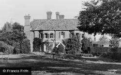 Ingoldisthorpe, Manor Hotel c.1955