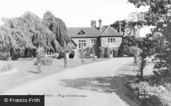 Ingoldisthorpe, Manor Hotel c.1960