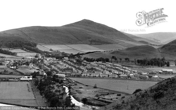 Photo of Innerleithen, general view and Lee Pen c1955, ref. i43005