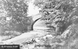 Innerleithen, Old Roman Bridge c.1930