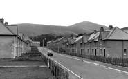Innerleithen, Street Scene c1955
