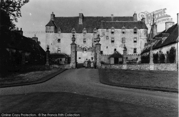 Photo of Innerleithen, Traquair House 1953