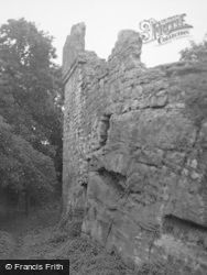 Castle And Crag 1954, Innerwick