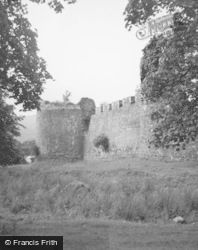 Castle, Comyn Tower 1952, Inverlochy