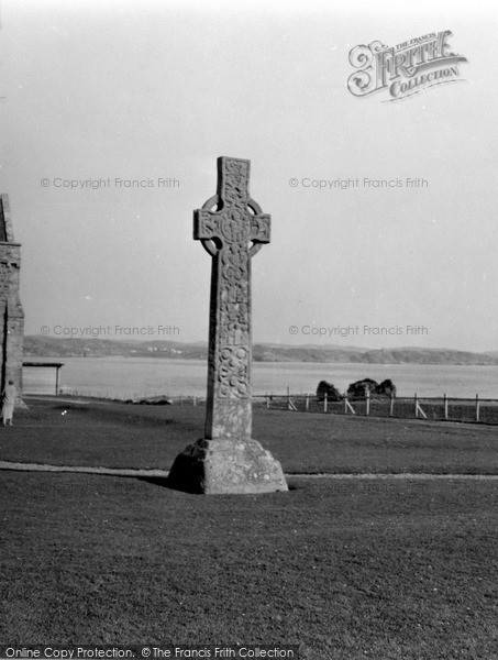 Photo of Iona, St Martin's Cross 1958