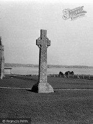 Iona, St Martin's Cross 1958