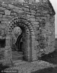 Iona, St Oran's Chapel 1958