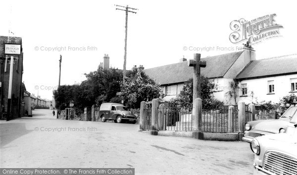 Photo of Ipplepen, The Square And War Memorial c.1960