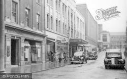 Ipswich, Lloyds Avenue c.1950