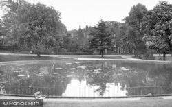 Ipswich, The Mansion And Round Pond, Christchurch Park c.1955