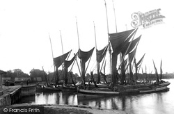 Waiting To Enter The Docks 1921, Ipswich