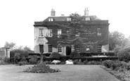 Islip, Country Club House c1950