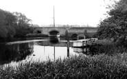 Islip, the Bridge c1960