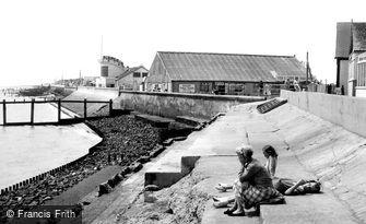 Jaywick, the Sea Wall c1955