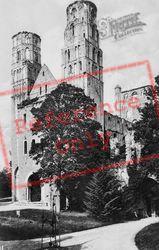 Abbey c.1930, Jumièges