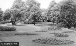 Keighley, Devonshire Park c.1960