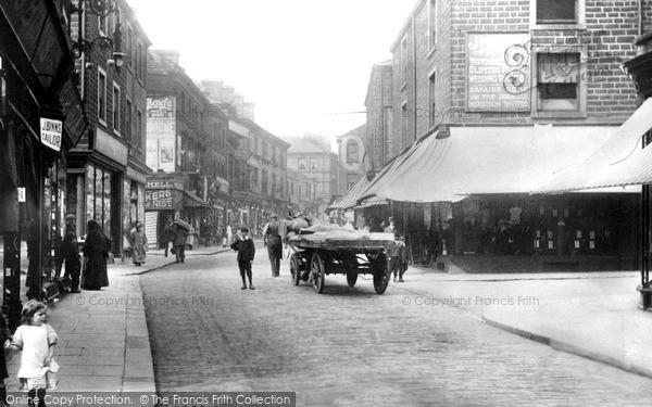 Keighley, Low Street c1910