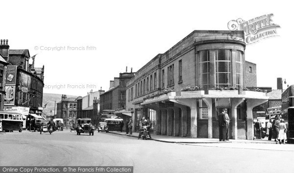 Photo of Keighley, The Bus Station c.1950