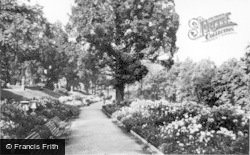 Keighley, The Gardens, Cliffe Castle c.1960